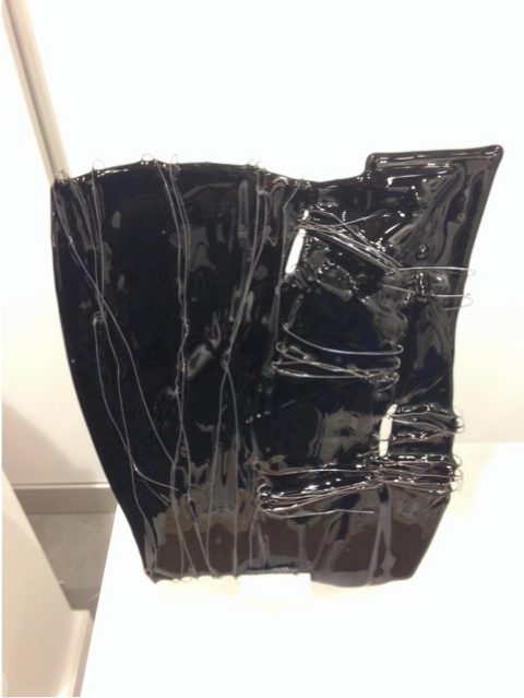 By Vic glaskunst zwart, Buikgevoel